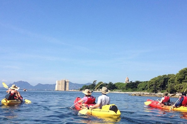 kayak-iles-de-lerins-location-rent-cannes-cotedazur